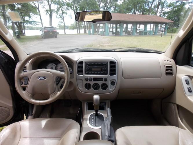2005 Ford Escape Xlt 4wd North Tonawanda