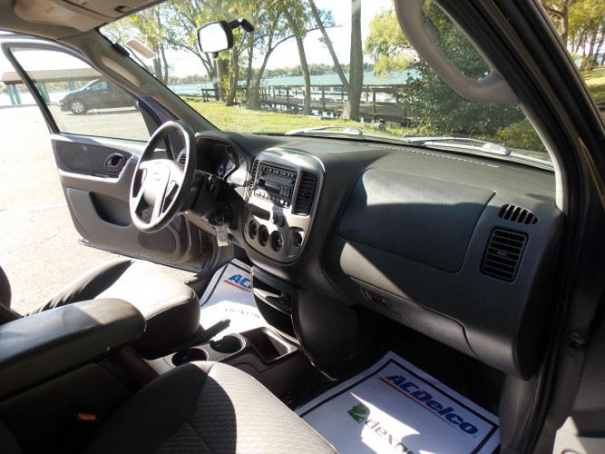 2003 Ford Escape Xlt 4wd North Tonawanda New York