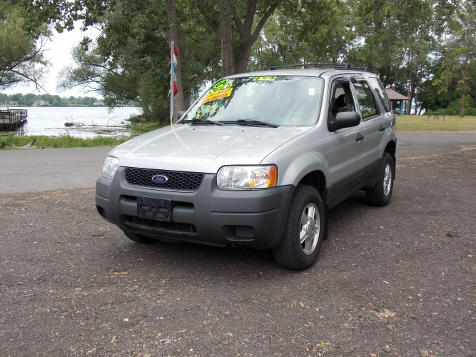 2004 ford escape xls 4wd north tonawanda new york. Black Bedroom Furniture Sets. Home Design Ideas